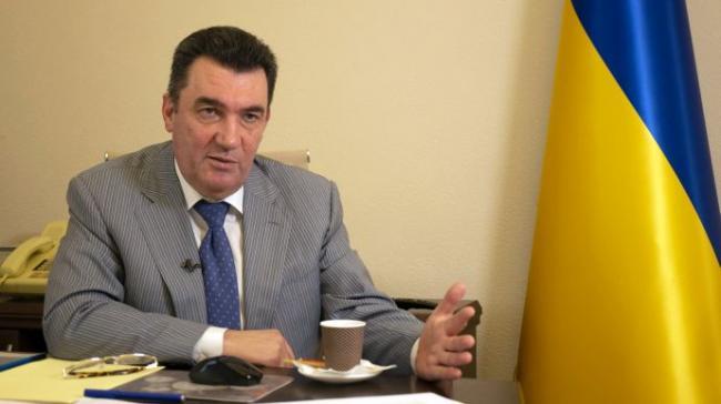 Секретарь СНБО видит необходимость перехода в Украине с кириллицы на латиницу. А еще выступает за два языка в стране