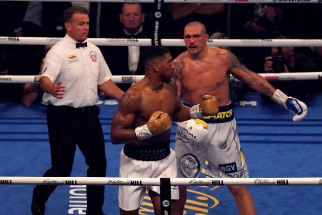 Усик победил Джошуа и завоевал титулы WBA Super, WBO, IBF и IBO в супертяжёлом весе
