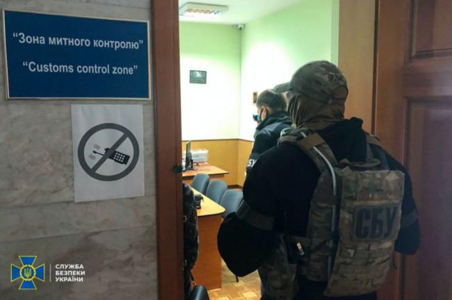 С начала года за коррупцию осудили 14 украинских таможенников