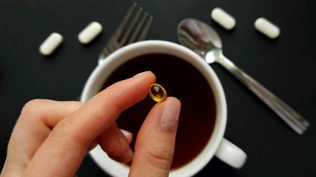 Кофеин может вызвать дефицит важного витамина в организме, выяснили ученые