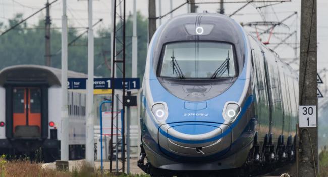 Польша восстанавливает железнодорожное сообщение с Украиной
